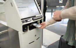 Novo equipamento permite check-in 'sem toques' em aeroportos dos EUA