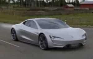 Alemão compra 28 carros da Tesla acidentalmente
