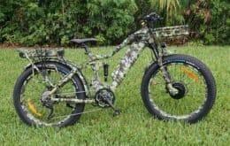 Bicicleta elétrica atinge até 56 km/h e suporta até 180 kg