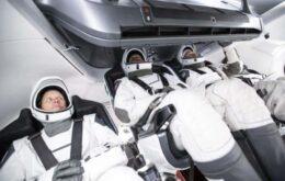 Missão Crew-1, da SpaceX, leva 4 astronautas à Estação Internacional Espacial