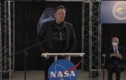 Elon Musk recepciona astronautas após missão da Nasa