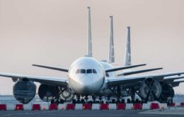 Empresa mostra avanço tecnológico em avião elétrico
