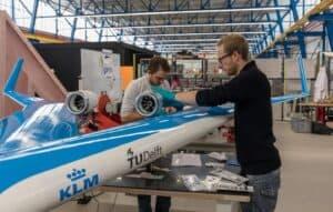 Avião em formato inusitado tem primeiro teste de voo