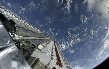 Starlink: constellation gains 60 more satellites and reaches 1.560 in total