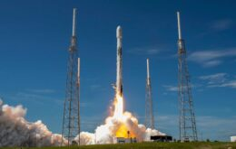 SpaceX irá substituir dois propulsores em sua próxima missão tripulada