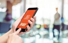Com prêmios em dinheiro e vantagens, bancos brigam por chaves PIX