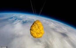 Supermercado islandês manda nugget de frango para o espaço