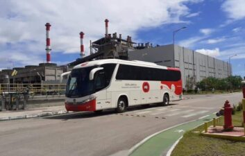 Electric bus powered by solar energy starts to circulate in Ceará