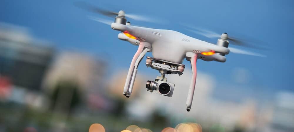 drone en el cielo