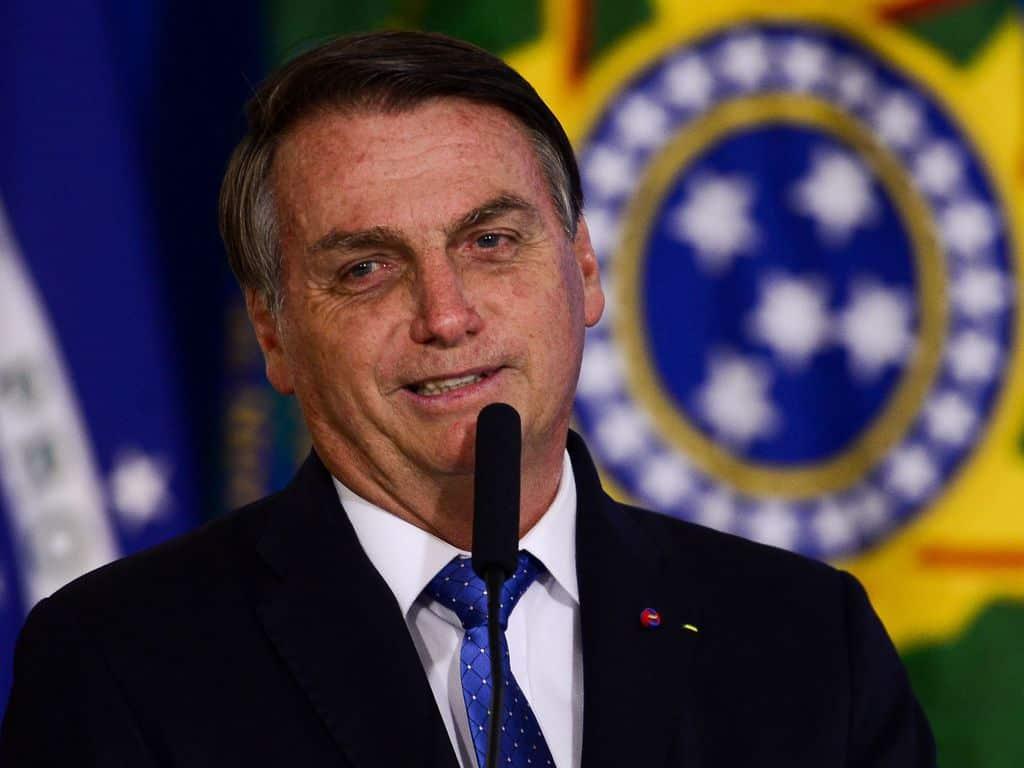 bolsonaro taxes games