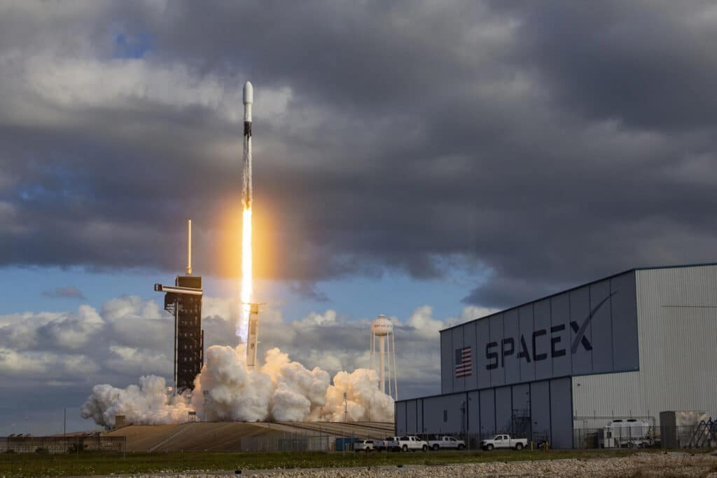 Lançamento Falcon 9