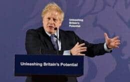 Após racismo contra jogadores da Inglaterra, primeiro-ministro debate ações com redes sociais