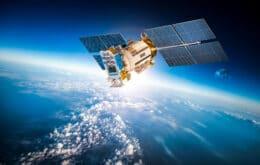 Elon Musk e Jeff Bezos se atacam por projetos de internet via satélite