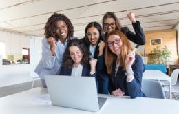 Google promove treinamento gratuito para inserir mulheres na TI