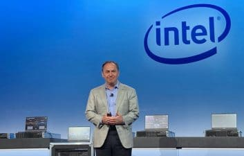 Intel perde espaço no mercado e demite CEO; ex-VMware assume