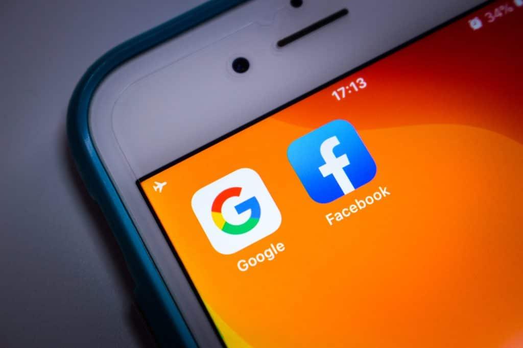 Apps Google e Facebook
