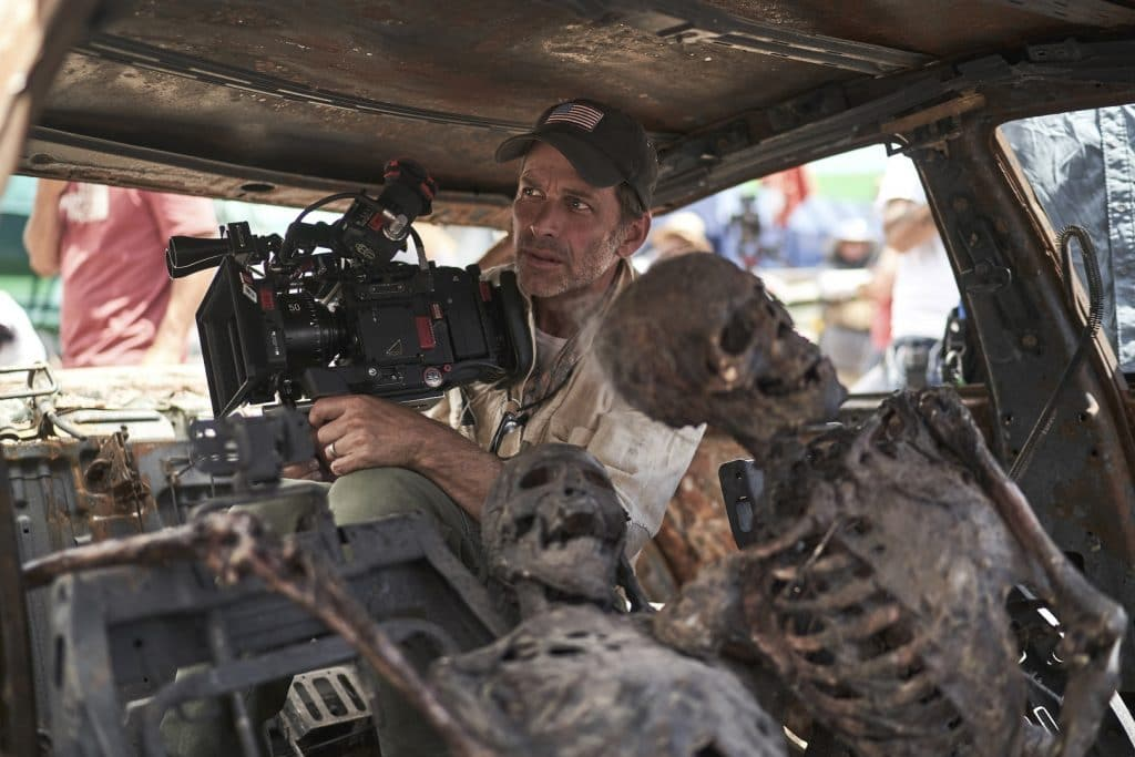 Zack Snyder nos bastidores de 'Army of the Dead'. Imagem: Clay Enos/Netflix