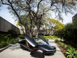 Aptera, carro solar que 'nunca precisa ser carregado', é esmiuçado no programa de Jay Leno; assista