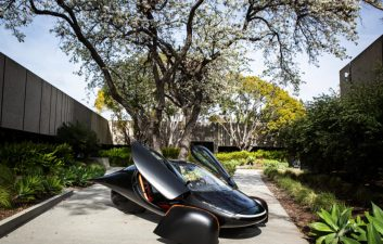 Car that resembles the Batmobile is powered by solar energy and can be mass produced