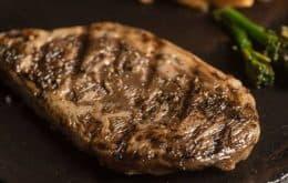 Laboratório israelense apresenta primeiro bife de lombo de carne cultivada impresso em 3D