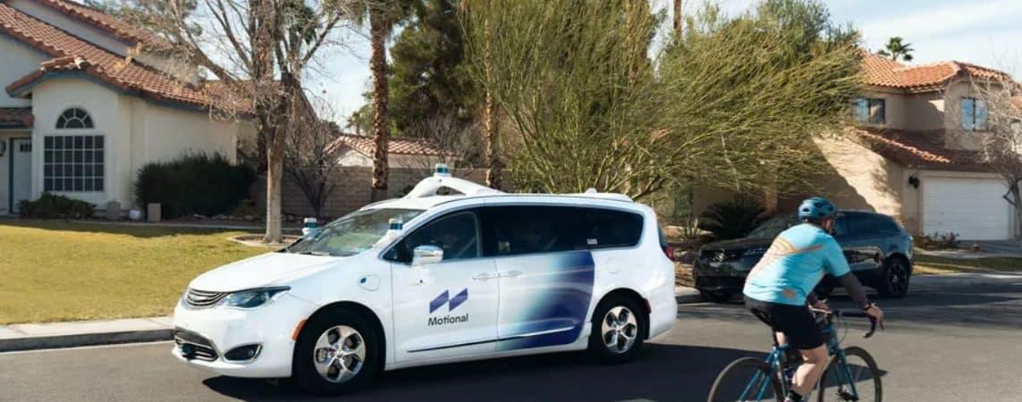 Carro autônomo da Motional nas ruas de Las Vegas