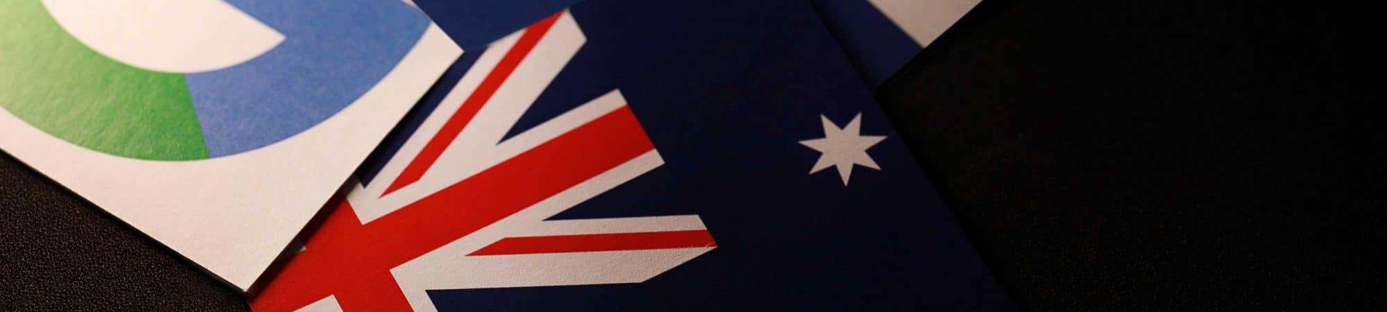 Três cartões simbolizando o Google, Facebook e a Austrália
