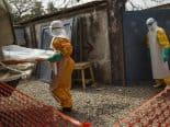 Vírus Ebola pode ressurgir em sobreviventes anos após infecção, diz estudo