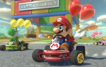 "Game in real life: Filmmaker ""plays"" Mario Kart with the help of special effects"