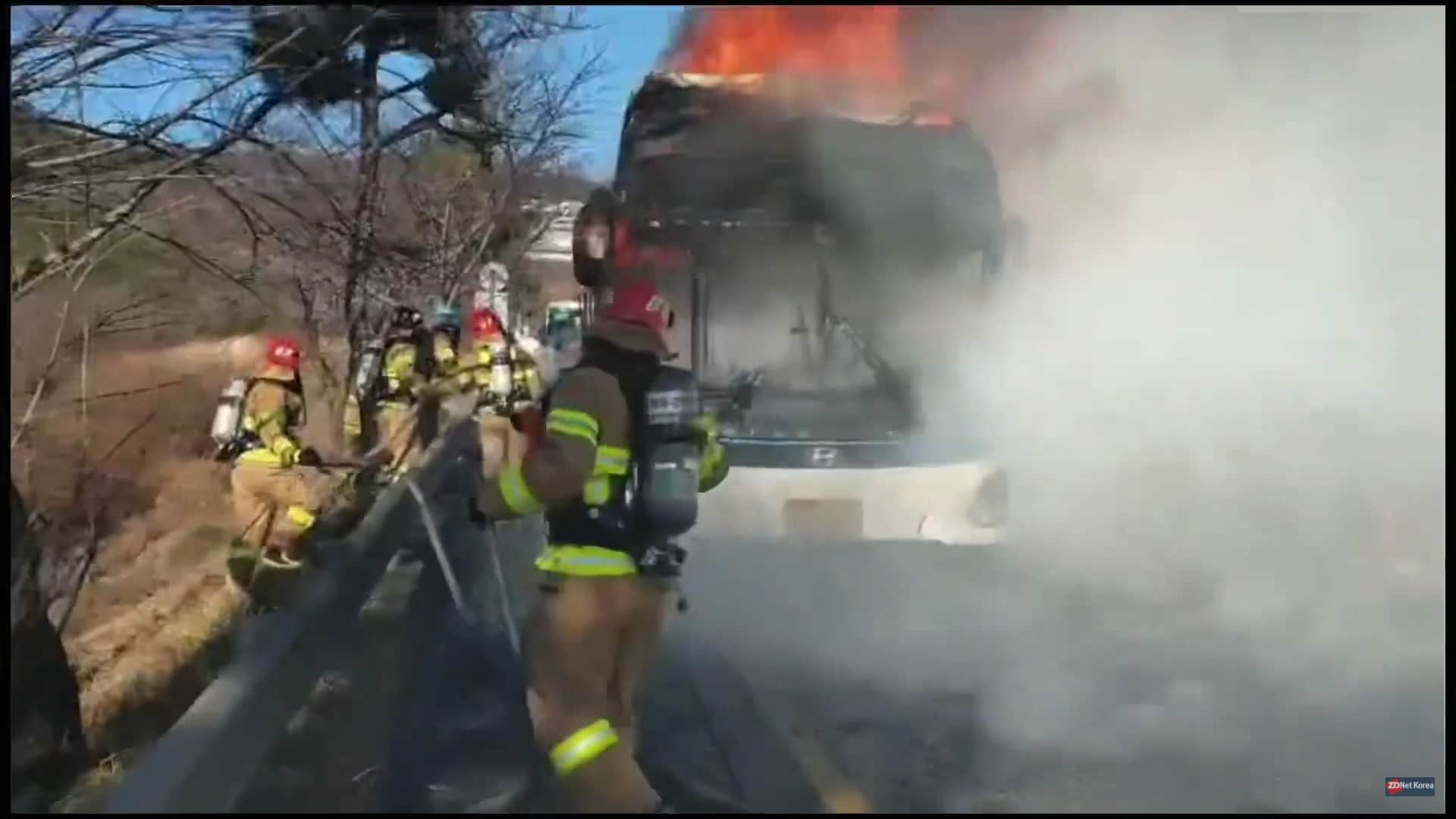 Hyundai's electric bus caught fire this week. Image: YouTube / Playback