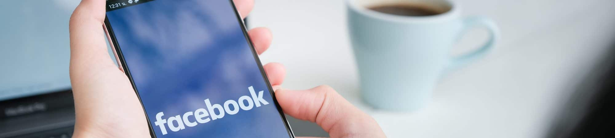 Facebook atualiza lista de informação falsa