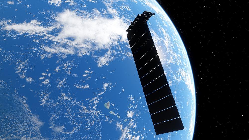 Imagem mostra um satélite da SpaceX. Amazon quer veto da FCC para a configuração de segunda geração da Starlink