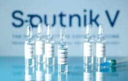 Sputnik V chega ao Brasil em 7 dias e deve ser aplicada com restrições