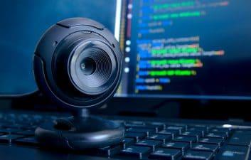 La aplicación de cámara web expone miles de información del usuario en línea