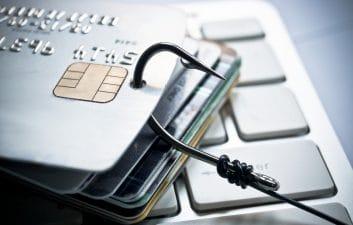 Nueva estafa de SMS engaña a los filtros anti-spam para robar datos bancarios