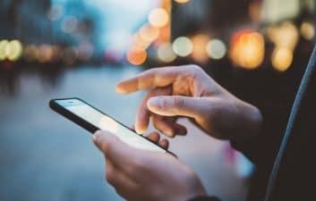 Fuga expone 100 millones de facturas de teléfonos celulares, incluido Bolsonaro