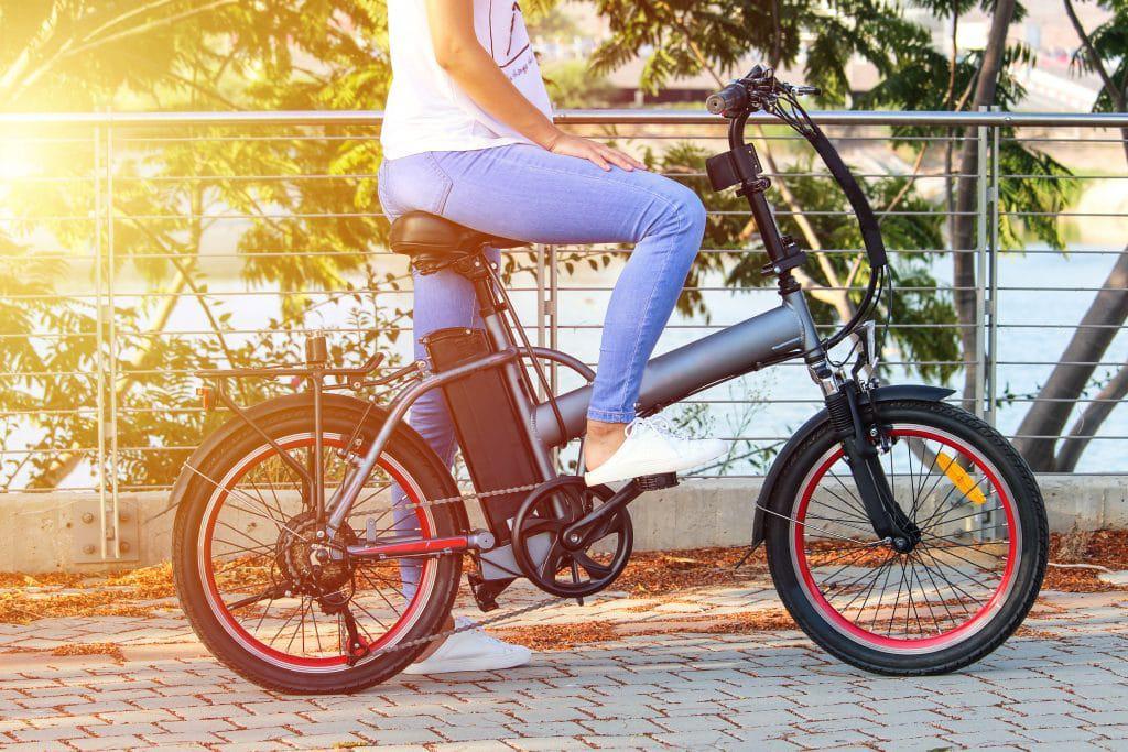 Bicicleta elétrica. Imagem: Spic/Shutterstock, Inc./Reprodução