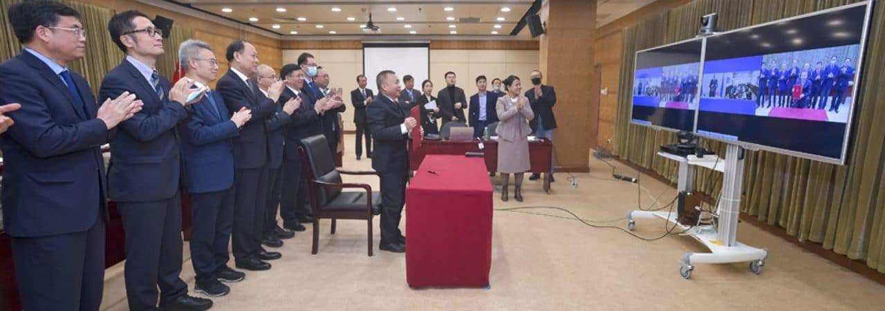 Representantes da China e Russia se encontram virtualmente para assinar acordo de cooperação no projeto da ILRS