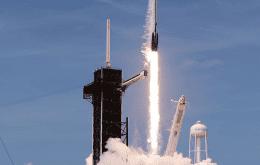 SpaceX completa a Starlink e faz 100º lançamento consecutivo de um Falcon 9