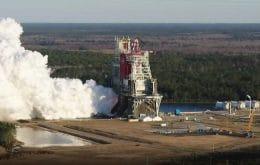 Sucesso total: Nasa testa propulsores do foguete SLS