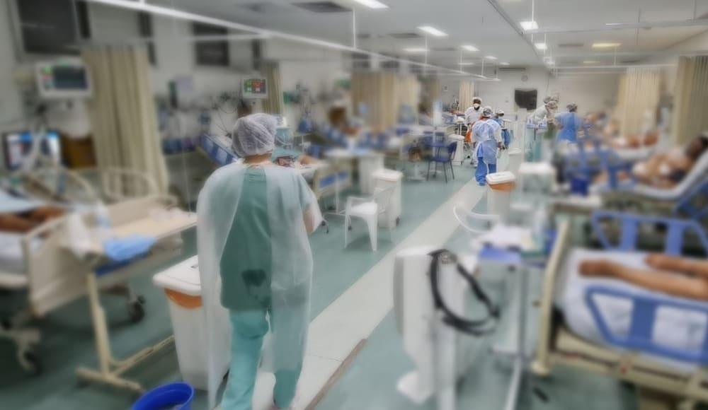 Brasil sofre com superlotação de leitos de UTI por conta da alta taxa de infectados pelo coronavírus. Foto: Hospital Nossa Senhora das Graças/Divulgação