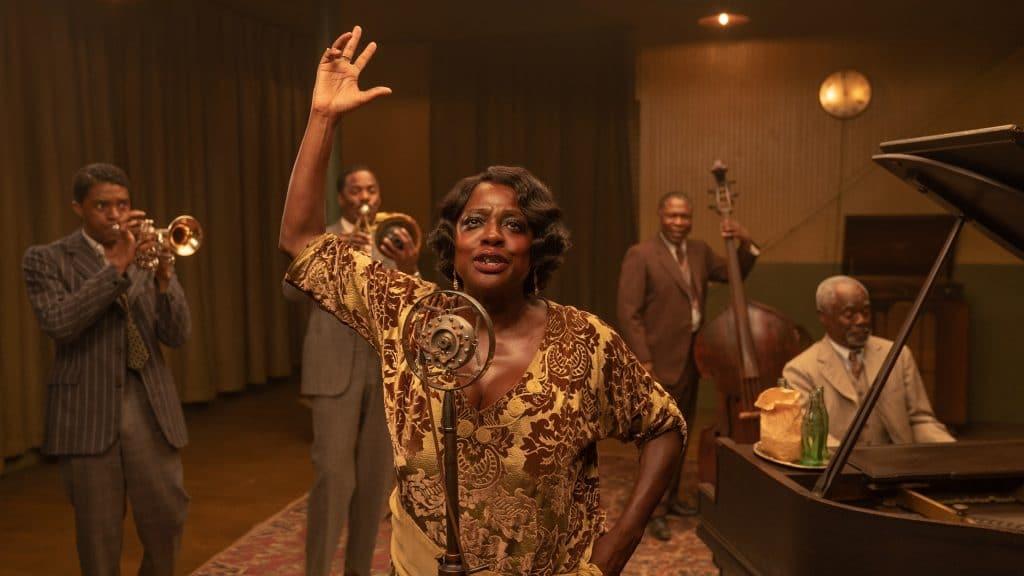 Chadwick Boseman, Colman Domingo, Viola Davis, Michael Potts e Glynn Turman em 'A Voz Suprema do Blues'. Imagem: David Lee/Netflix