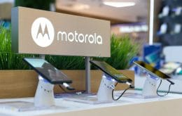 Motorola will charge cell phones over the air