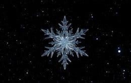 """Entenda como """"flocos de neve"""" de urânio causam explosões termonucleares em estrelas mortas"""