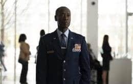 Nem Don Cheadle entendeu sua indicação ao Emmy por 'Falcão e o Soldado Invernal'