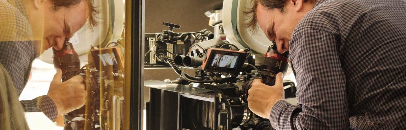 Quentin Tarantino nos bastidores de 'Era Uma Vez Em... Hollywood'. Imagem: Sony Pictures/Divulgação