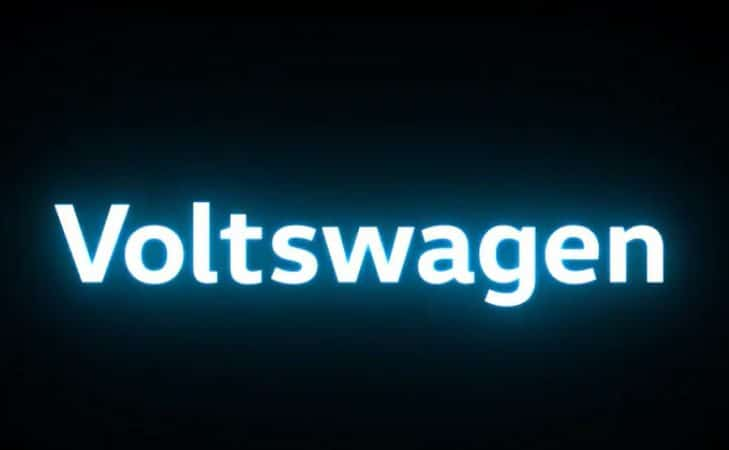 logo da voltswagen, brincadeira feita pela volkswagen no dia primeiro de abril