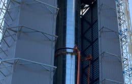 """SpaceX começa instalação do """"Mechazilla"""", braço robótico que vai """"agarrar"""" foguete"""