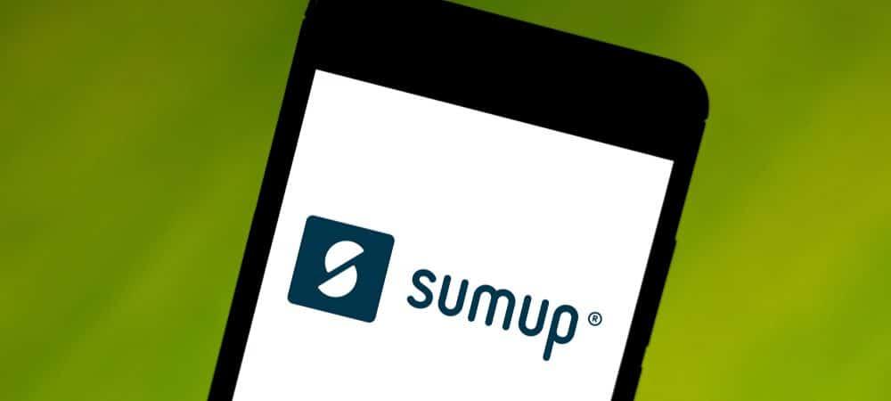 Tela de celular exibe o logotipo da fintech SumUp