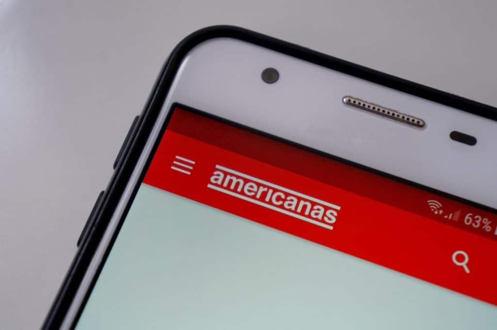 app das lojas americanas aberto em um iphone