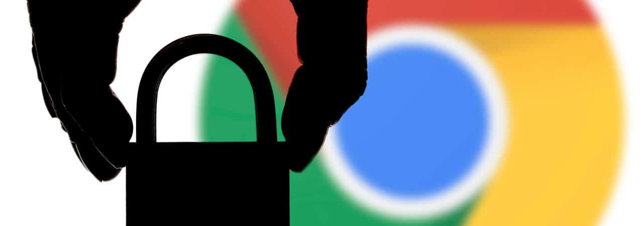 Ilustración de un candado con el logotipo de Google Chrome de fondo
